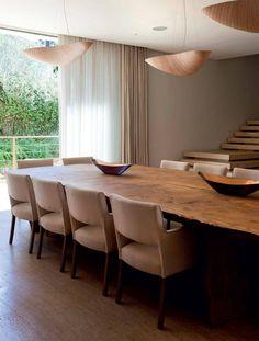 A arquiteta Débora Aguiar elegeu a casa que considera ser seu grande trabalho de 2015. O projeto de 1500m² está no interior paulista