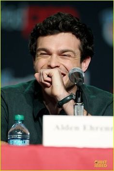 Alden Ehrenreich (Ethan) having a great time at the NY Comic Con Beautiful Creatures Movie Panel  img viaJust Jared