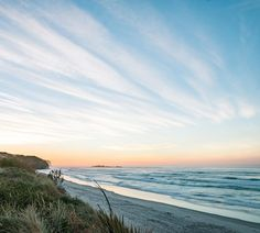 Not sure if we've shared a shot of Tomahawk Beach before! But here you go ladies and gents.   Pic: @amongmountainsandlakes  _________________________________  #tomahawkbeach #dunedin #autumn #nz #travel #newzealand #kiwi #instatravel #travelgram #landscape #nature #northisland #southisland #aotearoa #scenery #sceneryporn #beautiful #breathtaking #ourplanetdaily #neverstopexploring #lonelyplanet #splendid_earth #tourtheplanet #beautifuldestinations #igbest_shotz #naturelovers #roamtheplanet…