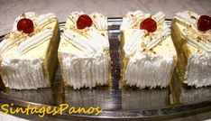 Greek Sweets, Greek Desserts, Party Desserts, Greek Recipes, No Bake Desserts, Cookbook Recipes, Cookie Recipes, Middle Eastern Desserts, Cake Cafe