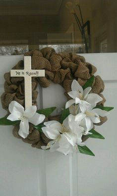 He is Risen Burlap Wreath with cross and white lilies. Ahh, now I know what to do with that burlap I just bought! Burlap Crafts, Wreath Crafts, Diy Wreath, Diy Crafts, Wreath Ideas, Grapevine Wreath, Burlap Wreaths, Bunny Crafts, Door Wreaths