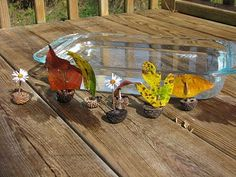 Fun website with art/nature inspired crafts for 1-4 yr. olds.