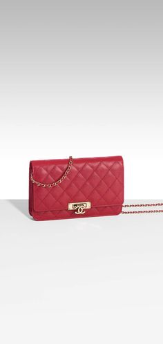 Wallet on chain, grained calfskin & gold metal-red - CHANEL