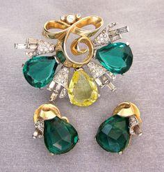 Vintage Mazer Rhinestone Brooch Earrings Set Yellow Green Rhinestone Set Vintage Jewelry Fur Clip Earrings 1940s Jewelry Gift For Her