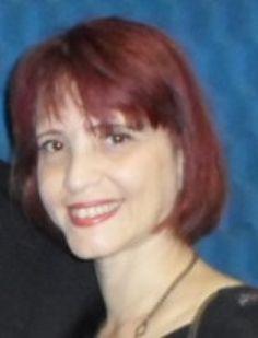 Escritora e poeta Claudia Banegas - RJ