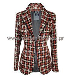 Σακάκι καρό. Έχει πέτο γιακά, είναι μεσάτο με μακρια μανίκια που μπορούν να γυρίσουν σε μανσέτες. Κουμπώνει με κόπιτσα.85%pes-10%acr-5%fib.Ελληνική ραφή. Blazers, Jackets, Shopping, Men, Fashion, Down Jackets, Moda, Fashion Styles, Blazer