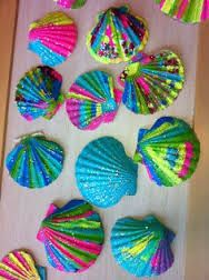 Summer Crafts : painted shells