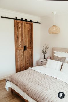 Scandinavian Home, Home Decor Bedroom, Home Interior Design, Home And Living, Living Spaces, Furniture Design, Decoration, Future, Sliding Doors