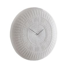 Keep time in eccentric style with this Gomitolo clock from Diamantini & Domeniconi. Hand crafted from cotton, this white clock features an unusual knitted design with roman numerals positioned arou...