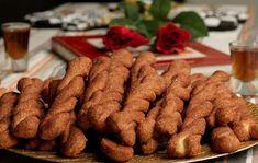 Greek Cake, Greek Recipes, Biscotti, Gingerbread Cookies, Cookie Recipes, Cinnamon, Almond, Sweets, Snacks