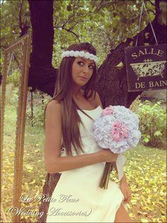 Bridal bouquet by La petite fleur (tempting accessories)