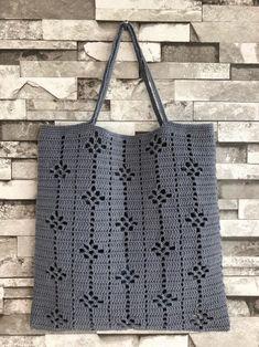 Ideas For Knitting Bag Diy Ganchillo Diy Crochet Cardigan, Débardeurs Au Crochet, Crochet Motifs, Crochet Tote, Crochet Handbags, Crochet Purses, Filet Crochet, Crochet Stitches, Knitting Patterns