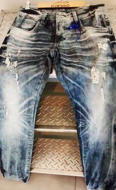 Peça desenvolvida por Canaã Customização. #jeanspassarela #lavanderia…