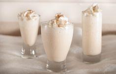 Brandy-Kissed Snowflake C vanilla ice cream 3 oz brandy 2 oz white cream de cacao C ice whipped cream ground cinnamon Fancy Drinks, Cocktail Drinks, Yummy Drinks, Christmas Drinks Alcohol, Christmas Cocktails, Christmas Punch, Christmas Ideas, Xmas, Dessert In A Jar