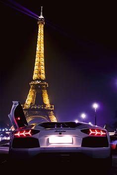 Lamborghini Aventador in Paris