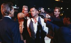 Is it just me, or is Hudson Hawk a comic masterpiece?~Gameradar+ ( ゚Д゚)b ~me.