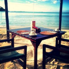 Take breakfast out on the sands in #Rarotonga