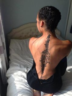 There is vast variety of back tattoo designs available and individuals can pick any one of them according to their choice, taste and preference. Tattoos can Pretty Tattoos, Love Tattoos, Sexy Tattoos, Beautiful Tattoos, Body Art Tattoos, Fashion Tattoos, Script Tattoos, Sister Tattoos, Hand Tattoos
