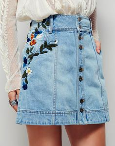 Resultado de imagen para bordados en casacas jeans