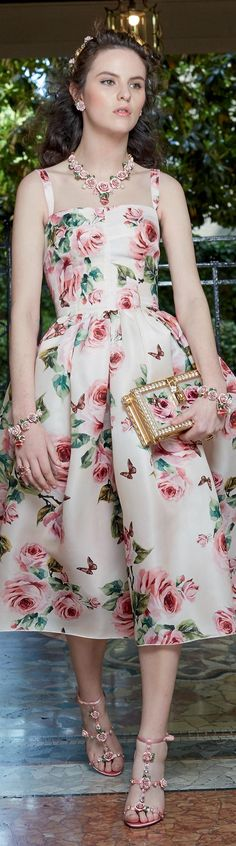 Summer style!! Floral for 2018! Dolce and Gabbanna SS 2018