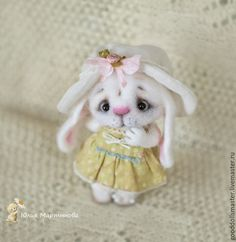 Needle felted bunny by Julia Martynova  from Russia