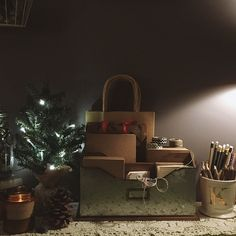 kristenmerieandacupoftea:  Organized. Also a sneak peak into what I wrap my holiday session prints and photo books in. Things are getting festive here at Kristen Merie Photography.