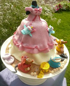 Cinderella Dress Cake, Artisan Cakes by Pammy, Croxley Green ...