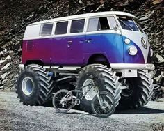 Very nice VW Van Monster truck Volkswagen Bus, Vw T1 Camper, T3 Vw, Volkswagen Transporter, Carros Vw, Vans Vw, Combi T2, Combi Split, Monster Trucks