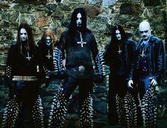 Dimmu Borgir Just flip the crosses and it's ok Rock Y Metal, Black Metal, Dimmu Borgir, Dark Castle, Goth Guys, Rock News, Dark City, Alternative Music, Metalhead