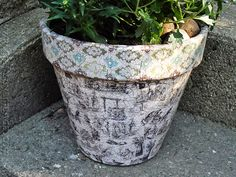 Vintage Crackled Flower Pot - CraftsbyAmanda.com