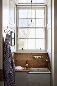 Butler Sink - Ideas for bathrooms - small and large cabinets, tiles, mirrors & storage - bathrooms on HOUSE by House & Garden Badezimmer Bad Inspiration, Bathroom Inspiration, Bathroom Ideas, Bathroom Small, Bathroom Designs, Bathroom Pink, Mosaic Bathroom, Cloakroom Ideas, Garden Bathroom