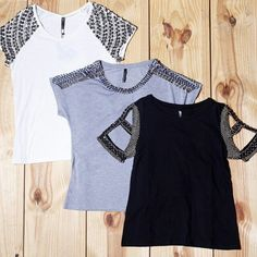 [peça-chave] Nenhum closet é completo sem uma blusa bordada poderosa como essas! Não sabemos qual é a mais linda  #morinafashion #verao16