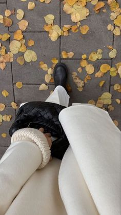 Autumn Aesthetic, Classy Aesthetic, Aesthetic Photo, Aesthetic Art, Mode Outfits, Fall Outfits, Whitening Kit, Autumn Cozy, Best Seasons