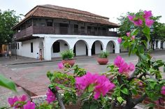 Casa colonial, Plaza Alfonso López, Valledupar Colombia