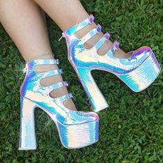 some shoes made by🧚♀️Fairies🧚♀️✨💎would U wear them? Fancy Shoes, Pretty Shoes, Crazy Shoes, Cute Shoes, Me Too Shoes, Belt Thigh High Boots, Galaxy Shoes, Kawaii Shoes, Cinderella Shoes