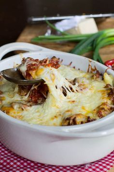 Ground Beef Casserole      Save Print   A hearty Italian-style casserole of ground beef, egg noodles, and gobs of cheese.  Recipe type: Cass...