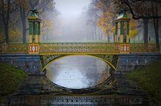 Aleksandrovsky Garden, Moscow, Russia  Misty Autumn… _7_ by my-shots