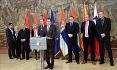 BEOGRAD – Shefat e policive të Austrisë, Kroacisë, Sllovenisë, Serbisë, Maqedonisë, Hungarisë dhe Holandës u takuan në kryeqytetin e Serbisë, Beograd, për të biseduar mbi krizën e refugjatëv…