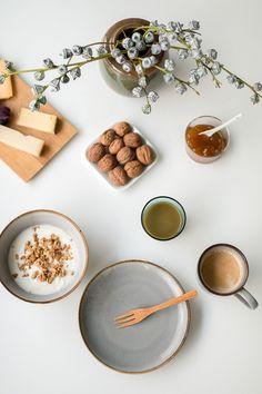 Adventsfrühstück (Anzeige) Winter Home Decor, Winter House, Advent, Cafe Design, Web Design, Color Beige, Recipe Search, Milk And Honey, Christmas Holidays