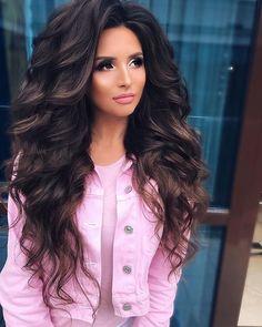 Вечер добрый ❤️ещё одна красоточка @anna11solovyova и мой образ для нее на съемку 😍🔥 Romantic Hairstyles, Curled Hairstyles, Wedding Hairstyles, Cool Hairstyles, Curly Wedding Hair, Long Curly Hair, Big Hair, Brown Wavy Hair, Scene Hair