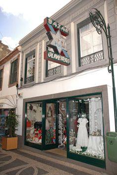 Bazar Oliveiras - Bordado Madeira, Funchal