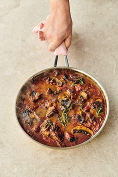 Jamie Oliver Healthy Recipes, Jamie Oliver Italian Recipes, Save With Jamie Recipes, Jamie Oliver Chicken, Chef Jamie Oliver, Jaime Oliver, Stuffed Sweet Peppers, Stuffed Mushrooms, Chefs