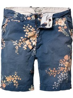 printed chino shorts.