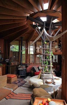 How To Build A Treehouse ? This Tree House Design Ideas For Adult and Kids, Simple and easy. can also be used as a place (to live in), Amazing Tiny treehouse kids, Architecture Modern Luxury treehouse interior cozy Backyard Small treehouse masters Arched Cabin, Yurt Living, Interior And Exterior, Interior Design, Yurt Interior, Simple Interior, Interior Livingroom, Interior Plants, French Interior