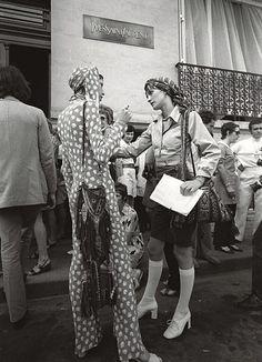 marina schiano and loulou de la falaise outside the yves saint laurent couture house, 1969