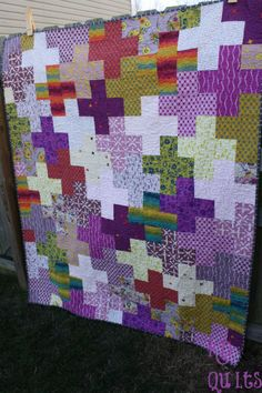 Clover Sunshine Cross / Plus quilt by KD-Quilts