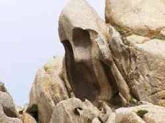 """Roccia """" L'urlo di Munch"""" - Capo Testa - Nord Sardegna."""