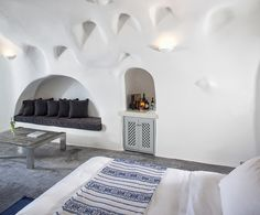 Boutique Hotel Bohemian Chic Luxury Romantic White Interior Design Inspiration byCOCOON.com – Boutique Style to live in &..COCOON #COCOON Dutch Designer Brand