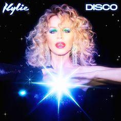 En 2020, #KylieMinogue endulza el año a sus fans anunciando su 15º album de estudio, #Disco, cuyo primer single es #SaySomething. Lionel Richie, Toni Braxton, Cyndi Lauper, The Greatest Showman, Matthew Gray Gubler, Daft Punk, Katy Perry, Kylie Minogue Albums, Disco Cd
