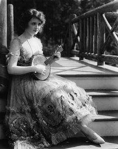 Billie Burke, THE MAKE-BELIEVE WIFE, Paramount, 1918, **I.V.